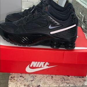 Nike air max shox black men size 8 enigma